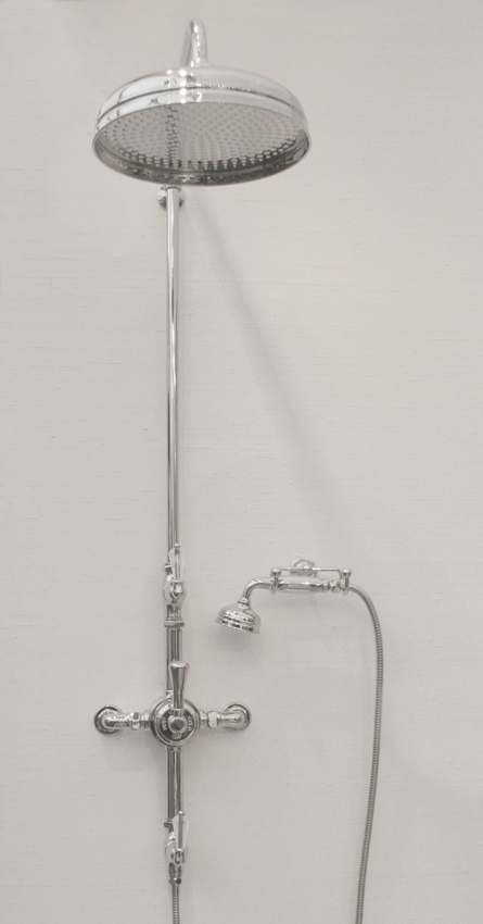 KN1820 BATH SHOWER MIXER 22MM RISER WITH 445 THROW AND 8� ROSE CRYSTAL LEVER HANDLE